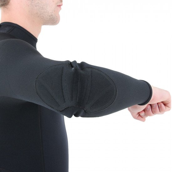 Strong elbow pads for additional protection and abrasion resistance in that high wear area