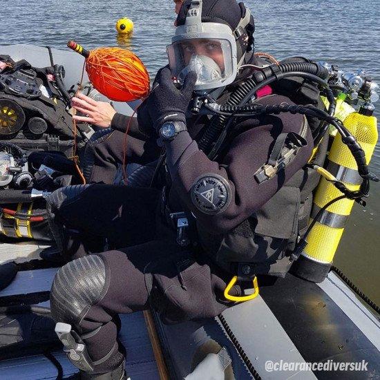 clearance-diver-drysuit-mcm-role-01
