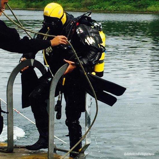 defence-diver-training-01
