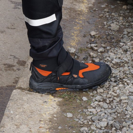 Freestyle water rescue boots