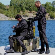 combat-swimmers-suit-03