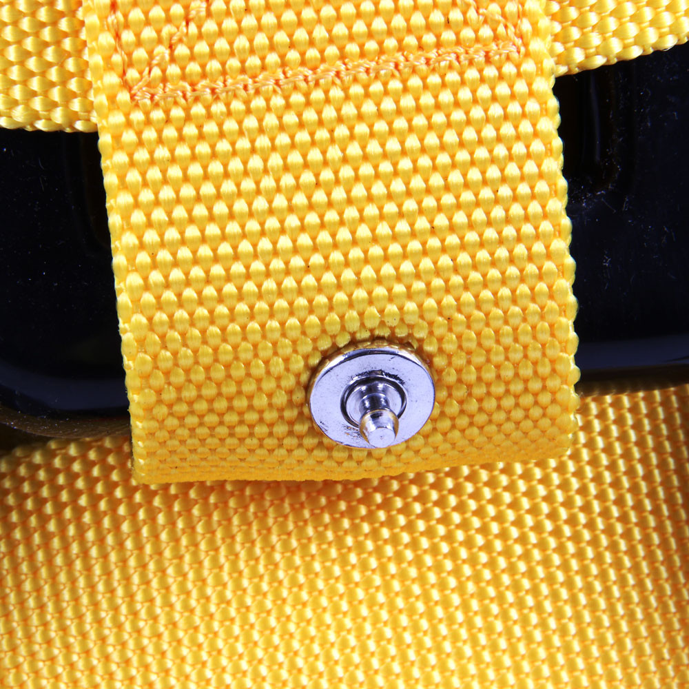 Stainless steel press studs on the recovery vest make it easy to remove your weights from the R-Vest